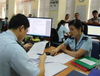 hai phong customs talk about difficulties in tax retirement
