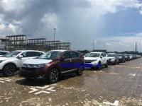 variety of cars imported to hcm city
