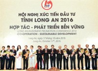 long an awarding certificates to 11 projects